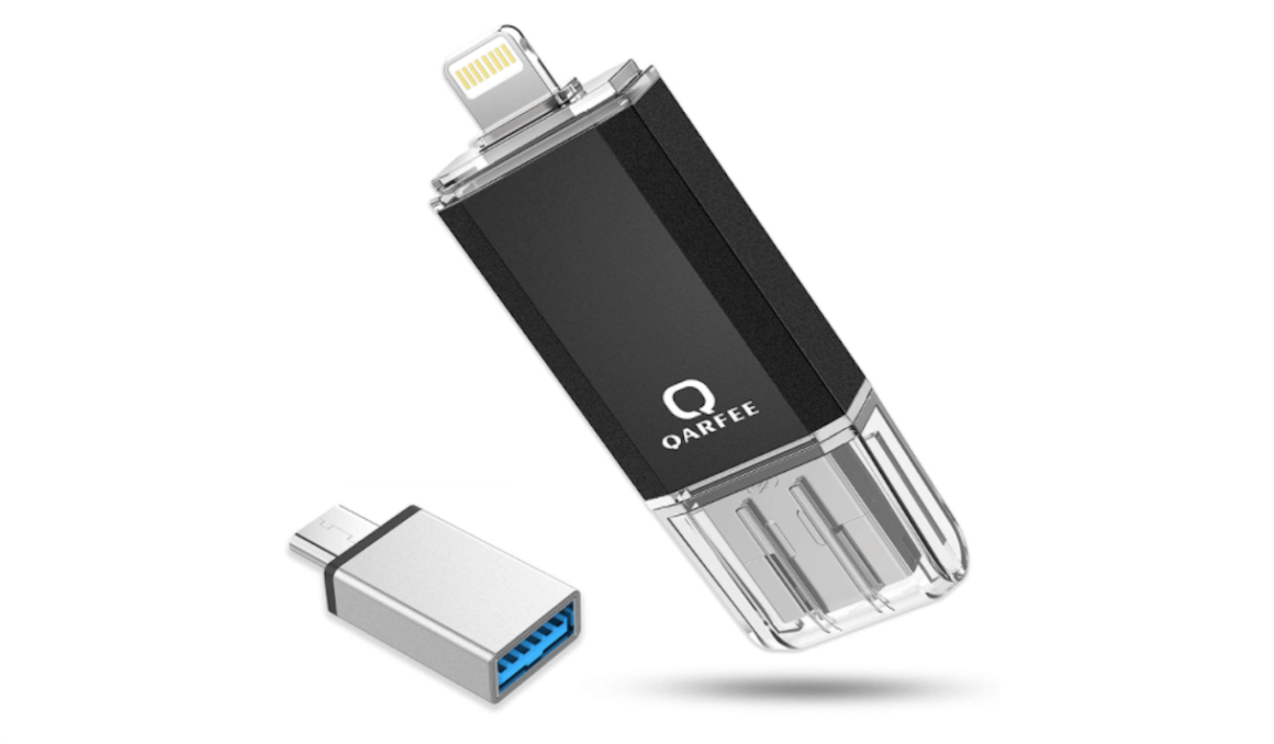 Qarfee, an iPhone USB drive