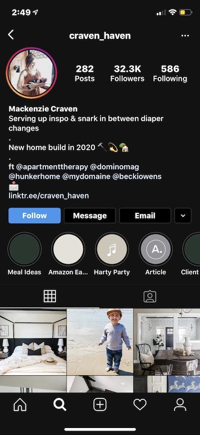 Instagram bio ideas: A bio with emoji