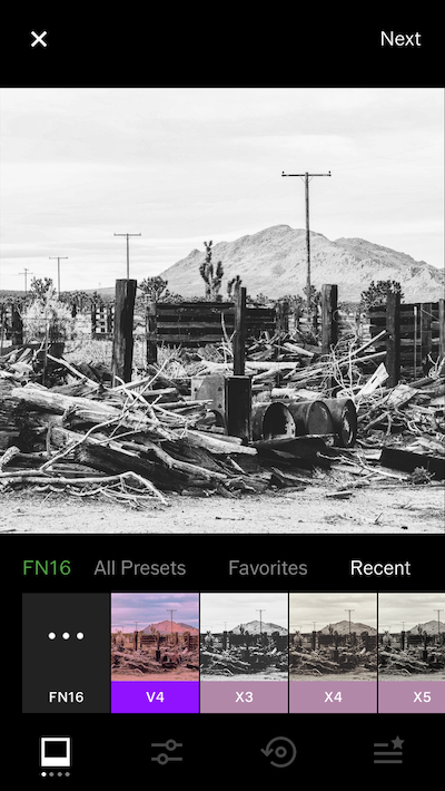 FN16, a black-and-white filter in VSCO