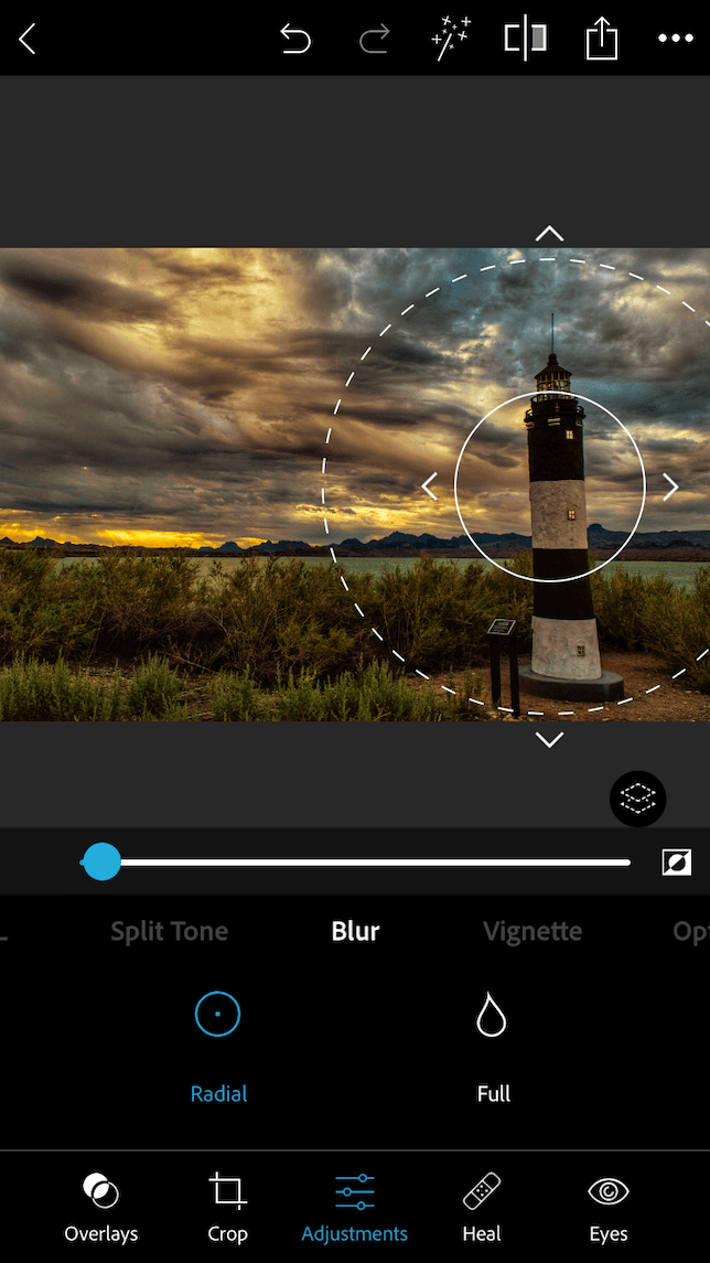 How to blur the background on iPhone using Photoshop Express