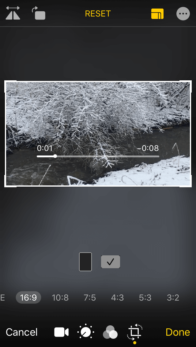 How to change the aspect ratio of a video in Photos: Step 2