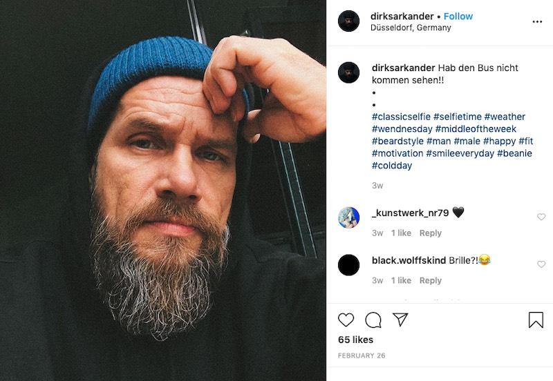 A natural selfie pose for men by @dirksarkander