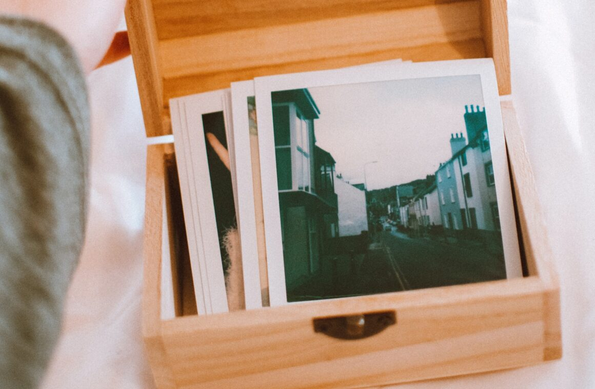 The best photo printing apps to print photos from iPhone: Header image