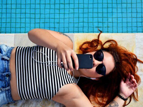 How to take a fun slow-motion selfie, aka Slofie, on iPhone: Header image