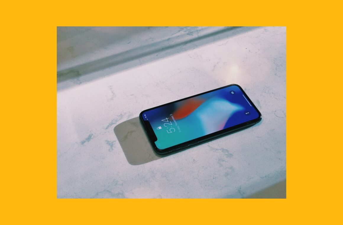 iPhone X vs. XS: Two affordable iPhones for photography, compared (Header image)