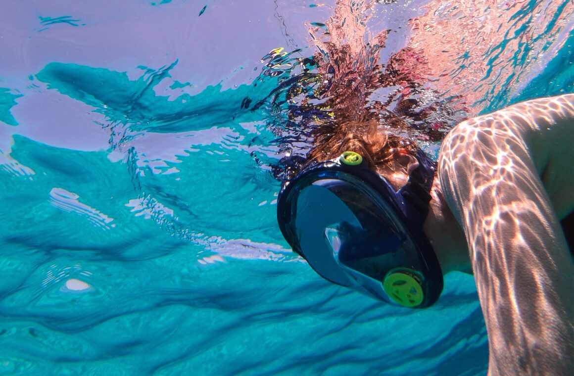 A beginner's guide to underwater photography on iPhone: Header image