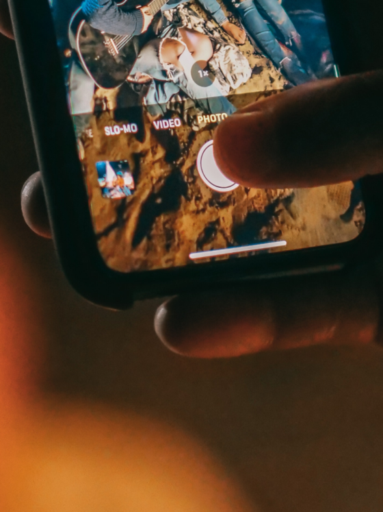 How do you shoot ProRAW or RAW photos on iPhone, and what's the difference? Header image.