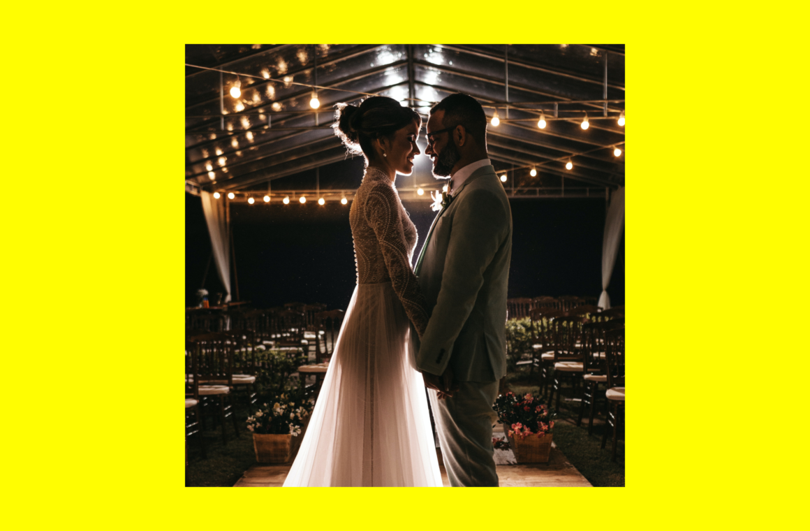 Best tips and ideas for impressive wedding photography on iPhone: Header image.