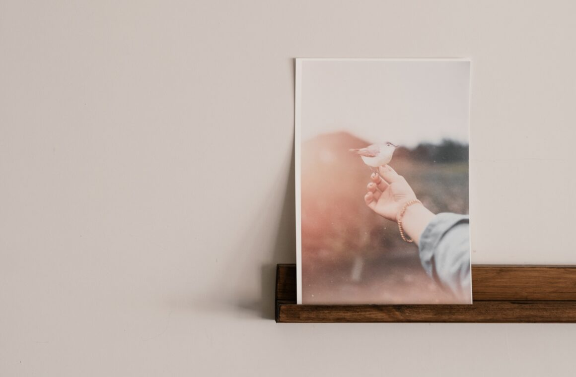 How to figure out the photo print size for your iPhone pictures: Header image.